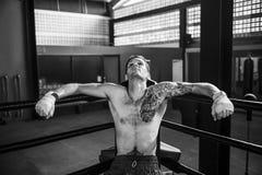 Boxaren vilar begrepp för avbrott för rundor för sammanträdehörn royaltyfria foton