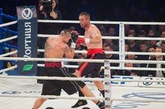 Boxas kampen Oleksandr Usyk vs Danie Venter Fotografering för Bildbyråer