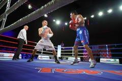 Boxe : A. Avtorkhanov contre N.Ubaali photographie stock