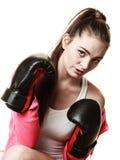 Boxe convenable de femme d'isolement sur le blanc Photo libre de droits