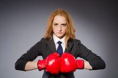 Boxeador de la mujer imagen de archivo libre de regalías