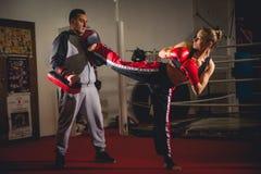Boxeador de la mujer Foto de archivo libre de regalías