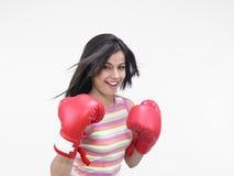 Boxeador de sexo femenino del origen indio Fotos de archivo