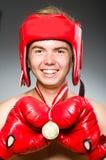 Boxeador divertido con ganar Fotos de archivo