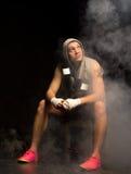 Boxeador psyching antes de una lucha Foto de archivo libre de regalías