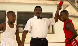 Boxeadores de Litlle en La Habana Foto de archivo libre de regalías
