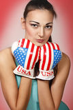 Boxende junge Frau Lizenzfreie Stockfotos