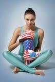 Boxende junge Frau Stockfotos