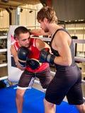 Boxeo del boxeador de dos hombres Foto de archivo
