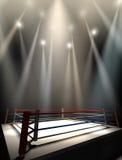 Boxeo Ring Spotlit Dark Imagenes de archivo