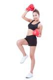 Boxer - des in voller Länge tragende boxende rote Handschuhe Eignungsfrauen-Verpackens Lizenzfreies Stockbild