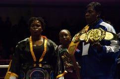 Boxer Pamela London auf dem Ring lizenzfreie stockfotos