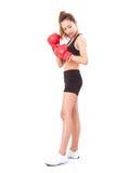Boxer - tragende boxende rote Handschuhe des Eignungsfrauen-Verpackens Stockfotos