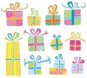 boxes den färgrika gåvavektorn Royaltyfri Bild