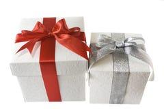 boxes gåvan som isoleras över white Royaltyfri Bild
