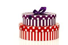 boxes görad randig purpur red för gåvan Royaltyfri Foto