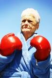 Boxeur aîné de femme Photo stock