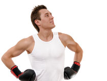 Boxeur fier avec des gants de boxe après combat photos libres de droits