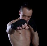 Boxeur sur un fond noir photo libre de droits