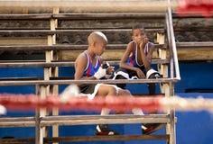 Boxeurs de Litlle à La Havane Photographie stock libre de droits