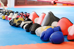 Boxing gloves and other boxing equipment Stock Photos