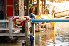 Boxning eller namnet för vatten är thailändsk Muay Talay, Royaltyfri Bild