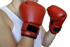 Boxning handske som är röd, sport, ask som isoleras, handskar, kamp, boxare, boxninghandske, vit, utrustning, stansmaskin, konkur arkivbilder
