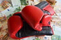 Boxning och pengar royaltyfria bilder