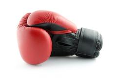 Boxninghandske som isoleras på vit Fotografering för Bildbyråer
