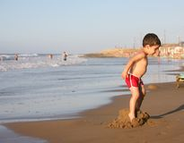 Boy at the beach Royalty Free Stock Photos