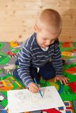 The boy draws pictures. Royalty Free Stock Photos