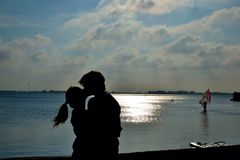 Boy and girl kissing Royalty Free Stock Images