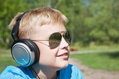 Boy listening to music Royalty Free Stock Photography