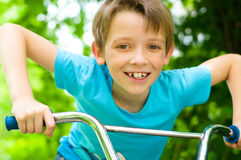 Free Boy On Bicycle Stock Images - 33122254