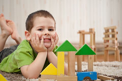 Boy playing with blocks Royalty Free Stock Photos