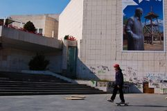 Boy playing skateboard at Novi Sad. 22 march 2009-novy sad-serbia-boy playing skateboard at Novi Sad, serbia stock photography