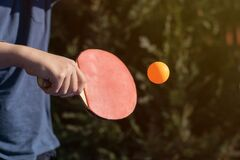 Free Boy Playing Table Tennis, Ping Pong Outside Royalty Free Stock Photos - 185016818