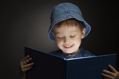 Boy read book Royalty Free Stock Photo