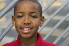 Boy (9-11) smiling, portrait, close-up Royalty Free Stock Photos