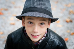 Boy wearing a fedora Royalty Free Stock Photos