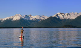 BOYA DENTRO DEL PASO ALASKA Imagenes de archivo
