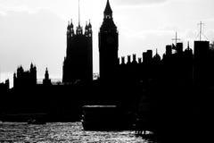 Boyau de silhouette du parlement, Londres Image stock