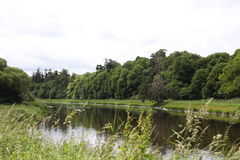 Boyne-Fluss, Landschaft nah an Navan Lizenzfreie Stockfotos