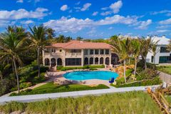 Boynton Beach FL USA mansions on the beach. Drone image of luxury beachfront real estate Boynton Beach FL Royalty Free Stock Photos