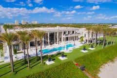 Boynton Beach Florida luxury beachfront homes and palm trees Stock Photography