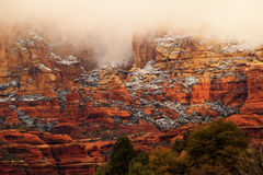 Boynton bewölkt roter Felsen-Schlucht-Schnee Sedona Arizona Lizenzfreies Stockbild