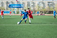 The boys play football, Orenburg, Russia Royalty Free Stock Images