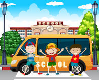 Boys standing by the school van Royalty Free Stock Image