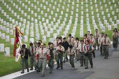 Boyscoutsplaats 85, 000 Vlaggen van de V.S. bij Jaarlijkse Memorial Day -Gebeurtenis, de Nationale Begraafplaats van Los Angeles, Stock Foto's