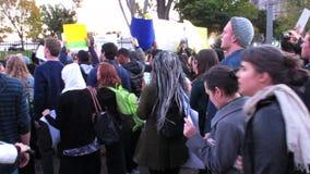Boze Protesteerders bij het Witte Huis stock video